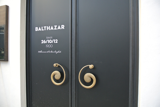 Klar? Det håber jeg - for det skulle de være bag baren. Velkommen til Balthazar!