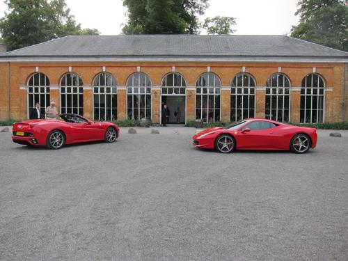 De skånske farver i form af røde Ferrarier og den gule Brøndsal
