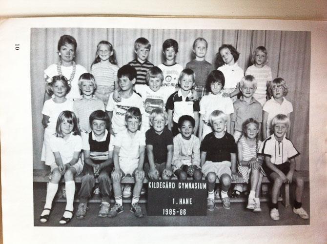 Se blot hvad gemmerne indeholdt. Et klassefoto af ældre dato. Altid godt at have. Selvom det også findes på print...