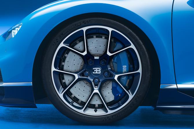 Bremserne er også nyudviklede og har lånt tekniske elementer fra Formel 1 sporten