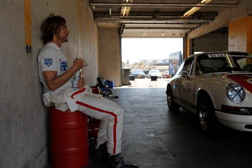 Det handler om herlige klude og ditto biler - State of Art og Porsche for at være helt korrekt.