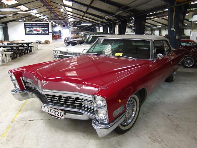 Cadillac'en - en blandt flere i øvrigt.  Foto: Claus Ebberfeld, ViaRETRO.com