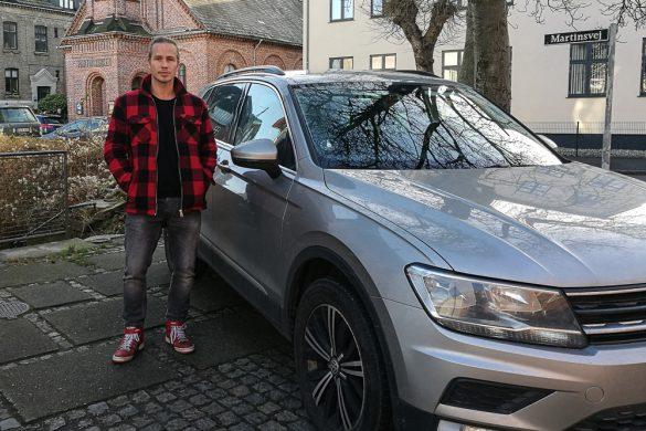 Tag vel imod Brad.. Christian Laustrup Møller. Han er lige blevet far - men har altid været rar.