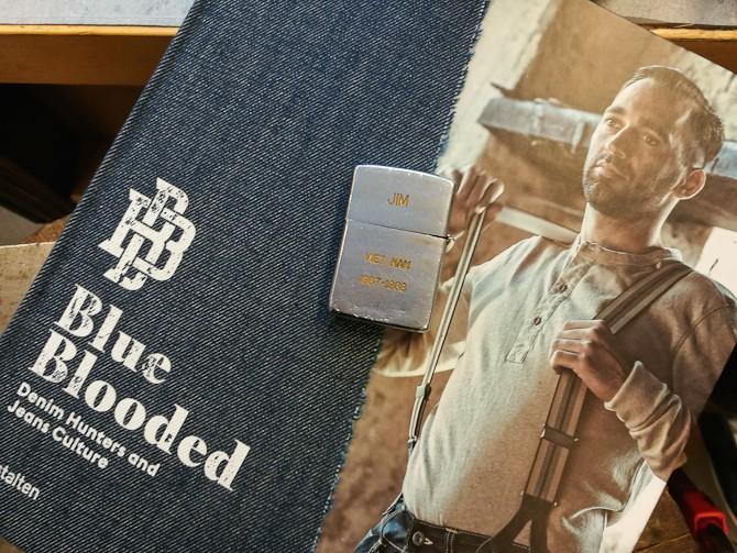 Der har du bogen - det skal dog siges, at lighteren ikke følger med. Den var blot en rekvisit, som jeg fandt passende...