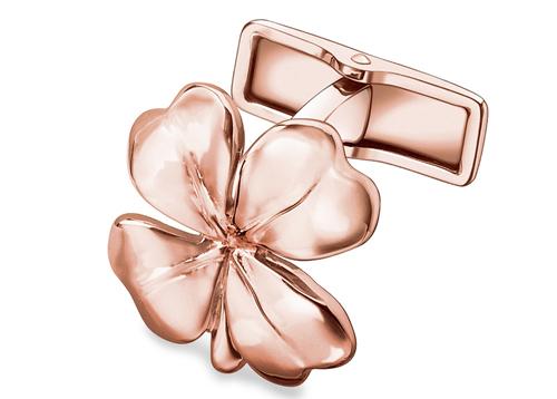 Pink gold - de kræver næsten et ur i samme materiale, men måske firkløveren bringer heldet med sig.