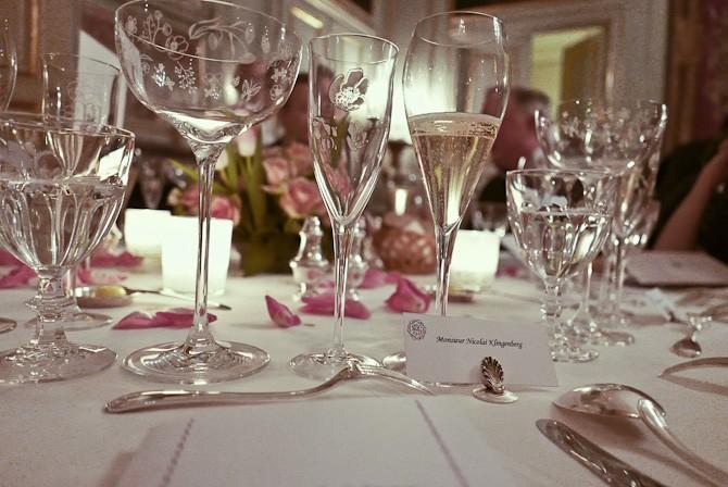 Til bords
