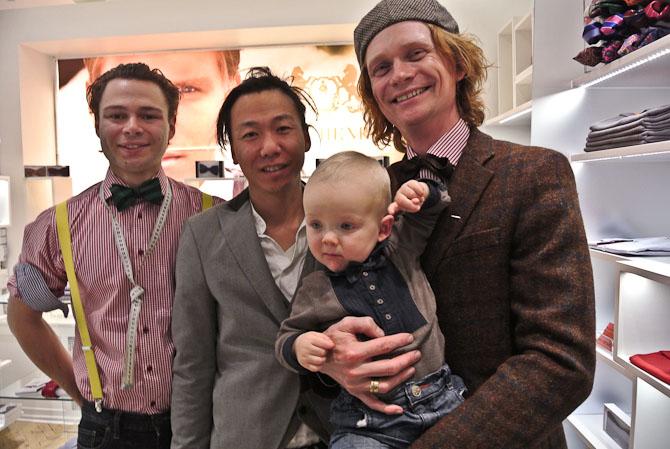 Matas til venstre, Pily i midten og David K med sødeste søn til højre.