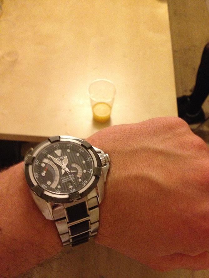 Mads J med et ur, der var på ønskelisten - og som mor og far erhvervede til ham