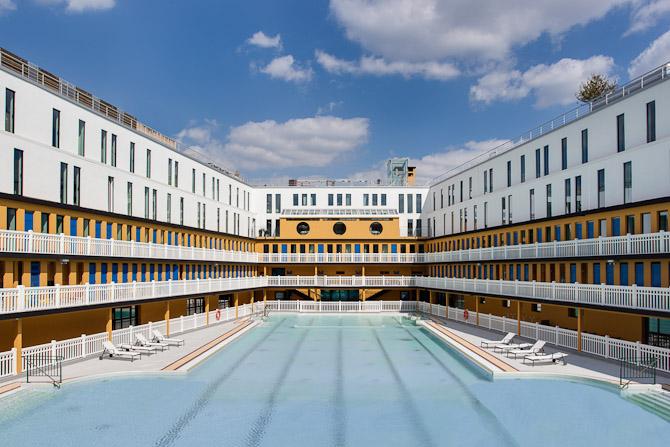 Molitor er en ægte parisisk myte, der aldrig dør ud. For nylig har man opført et femstjernet hotel omkring den 50 meter lange udendørs pool. Foto: Alexandre Soria