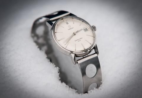 Knudsens nye klokke - med en særlig lænke, du bliver klogere på i dagens historie. Foto: Kim Moltved