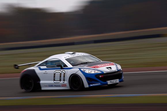 Her har du den så - Peugeot RCZ Sport...