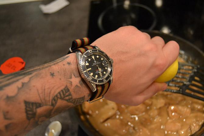 Det er denne sag, det handler om i dag - altså det Rolex Submariner, der sidder på håndleddet...
