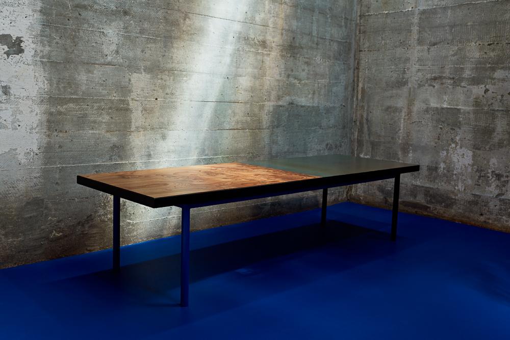Bænk/Coffee table: 9.999 kr Foto: Sascha Oda