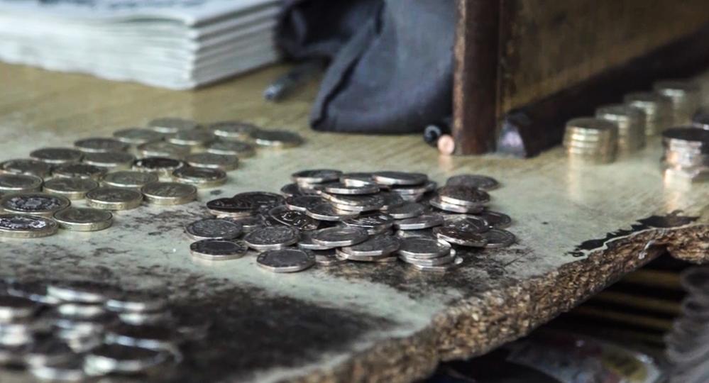 Jeg gad nok vide, hvor mange penge, der er røget over disken gennem tiden...