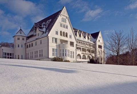 Når forrige århundredes aristokrati skulle på kurophold, gik turen til Strandhotel