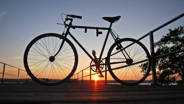 De red mod vest - men jeg cyklede.