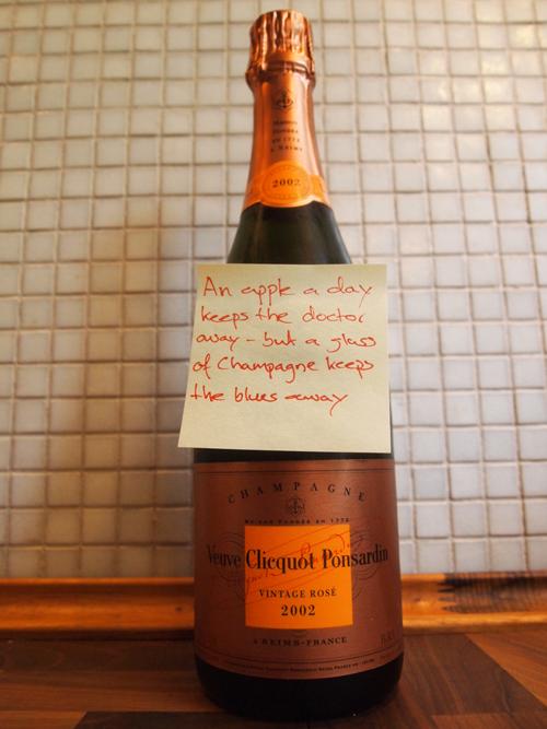 Veuve Clicquot Ponsardin Vintage Rosé 2002 feat. lommepoesi