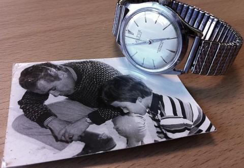 Min far og mig, engang i 70erne. Hans gamle Altus kan ses på hans arm... og i min samling!