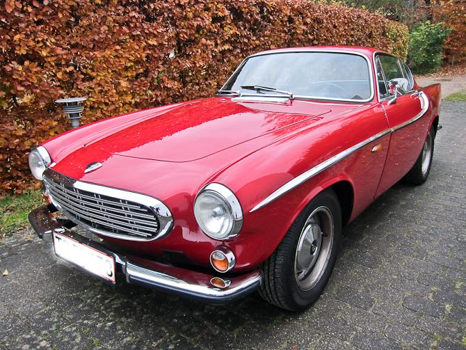 Denne røde svensker fra 1966 er den ene af de to...
