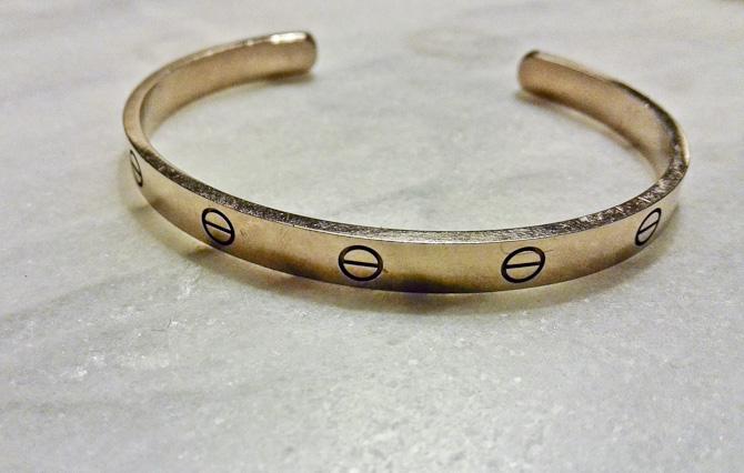 Love bracelet - kan nemt bære af en mand