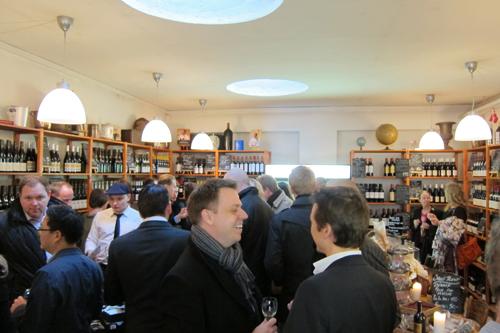 Letz' lokaler var fyldt godt ud af gæster fra flere dele af landet - og i mere eller mindre alle aldersgrupper.