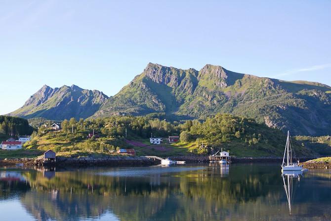 Uden for Danmark kan du også finde en båd og sejle på opdagelse