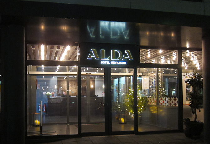 Velkommen til hovedstaden. Og Alda Hotel.