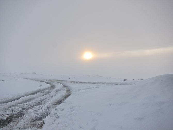 Sol og sne