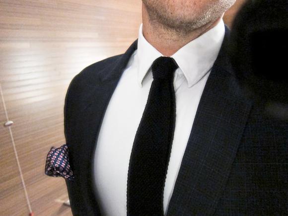 Det højtelskede slips i strik.