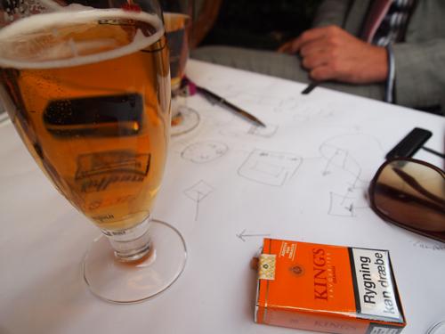 """Tobak, fadøl og """"nej-hvor-vi-kan""""."""