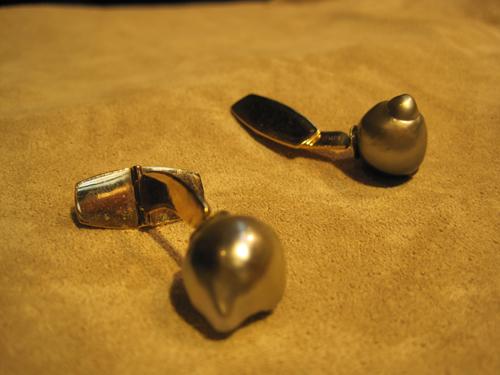 Naturlige manchetknapper - altså sådan rå perler fra naturens side.