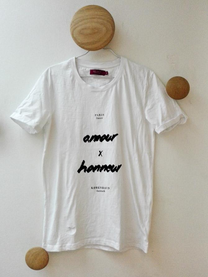T-shirt - tilsæt eventuelt strygejern