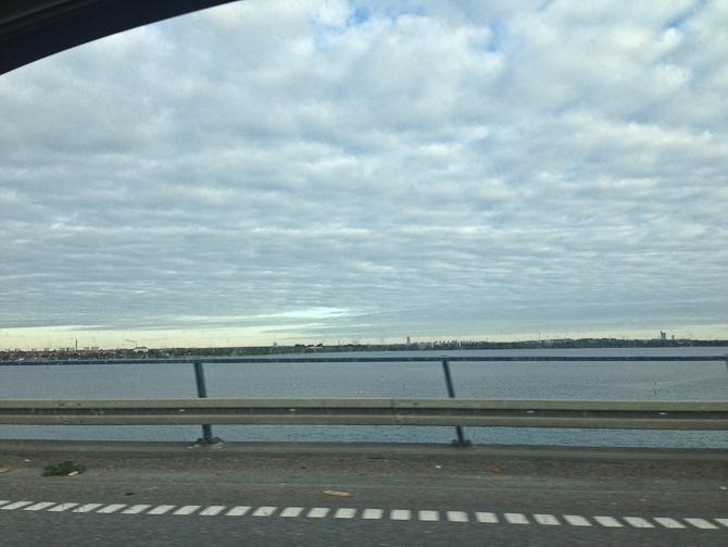Vi kørte over Amagerbroen