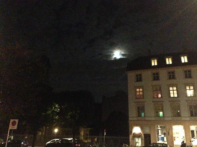 Månen tittede frem