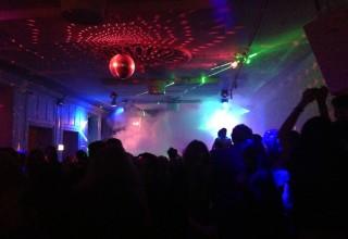 Vi var på natklub