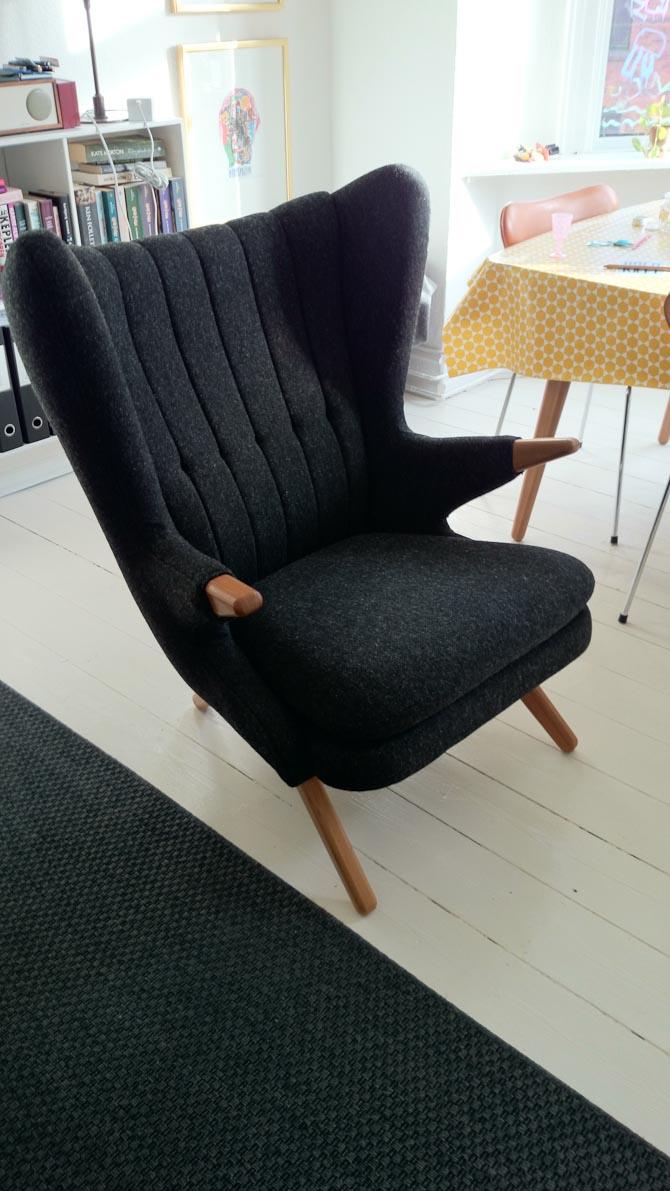Læseren Benny har fået ny stol fra Skipper Furniture. Oprindelig udviklet for over 60 år siden - og otte uger under vejs.