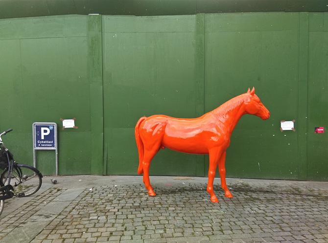 En hest blev parkeret