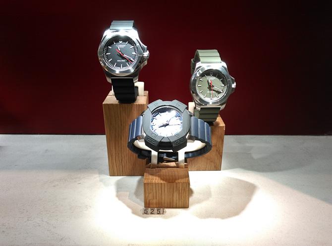 Victorinox på display i deres flagship biks
