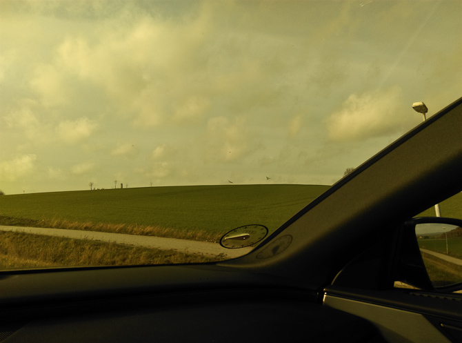 Grønne marker og tonede ruder