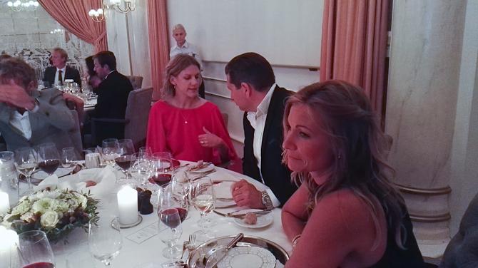 Og gik til bords med blandt andet Daniel og Stina
