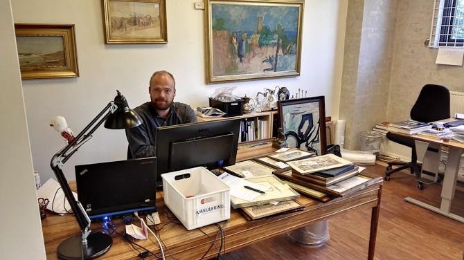 Johs har udvidet sit forretningsområde og er nu også ansvarlig for makulering