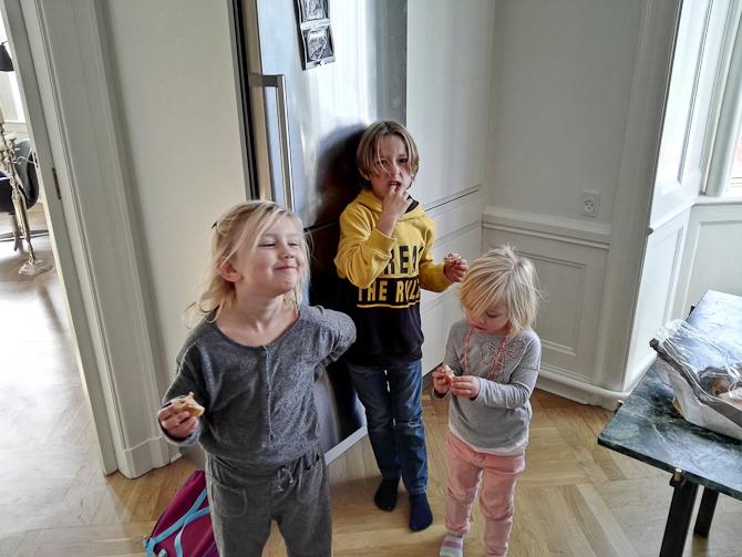 Tre på besøg