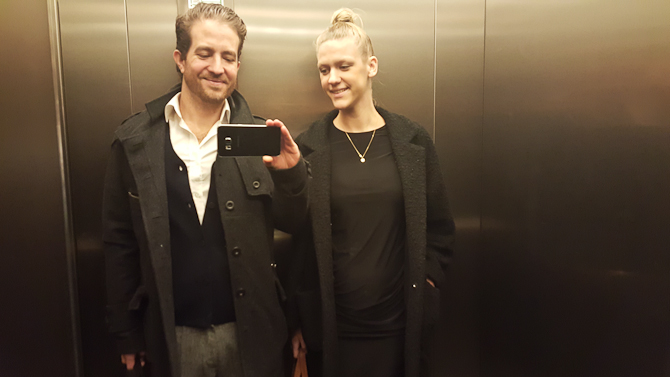Vi kørte i elevator