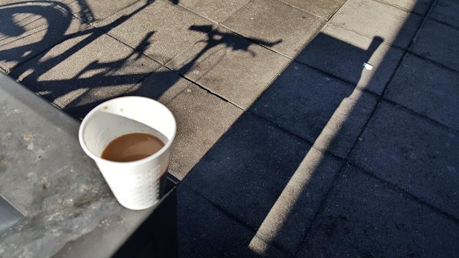 Kaffe, skygge og solskin
