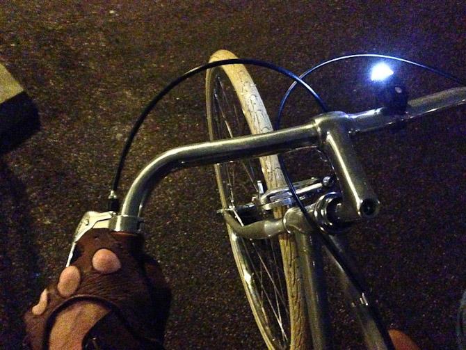 Cyklen blev fundet frem. Og lygterne ligeså.