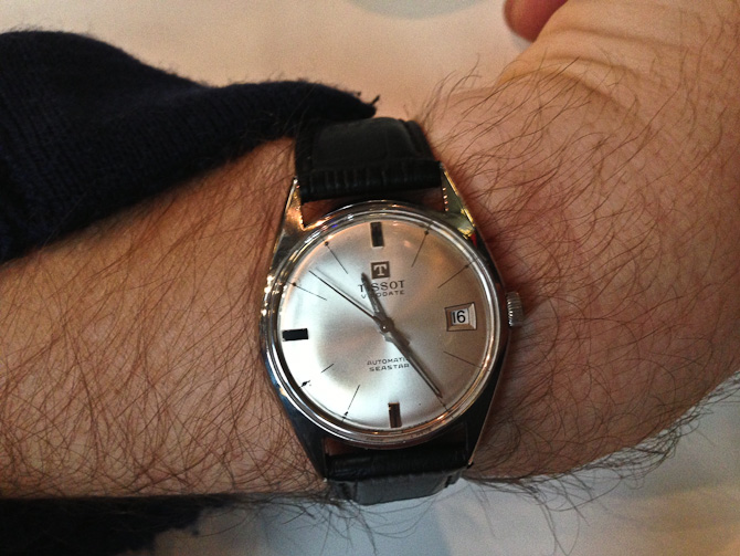 Hr. Leitorp viste sin nye klokke frem