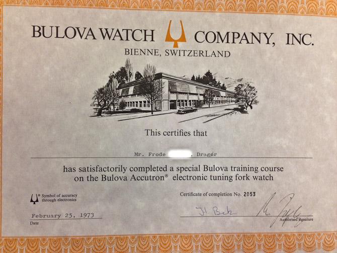 Frode, som urmageren hedder, røg blandt andet til Schweiz, hvor han blev skolet til en særlig type værker hos Bulova.