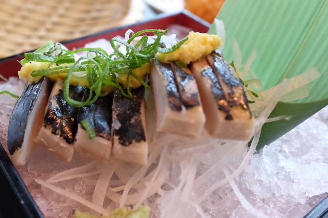 """Makrel er også et nyt indslag og det mest """"fiskede"""" stykke fisk, når det kommer til smagen."""