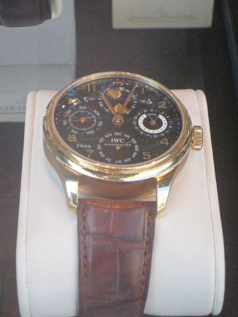 IWC Portuguese i guld med perpetual calendar og mnefase.