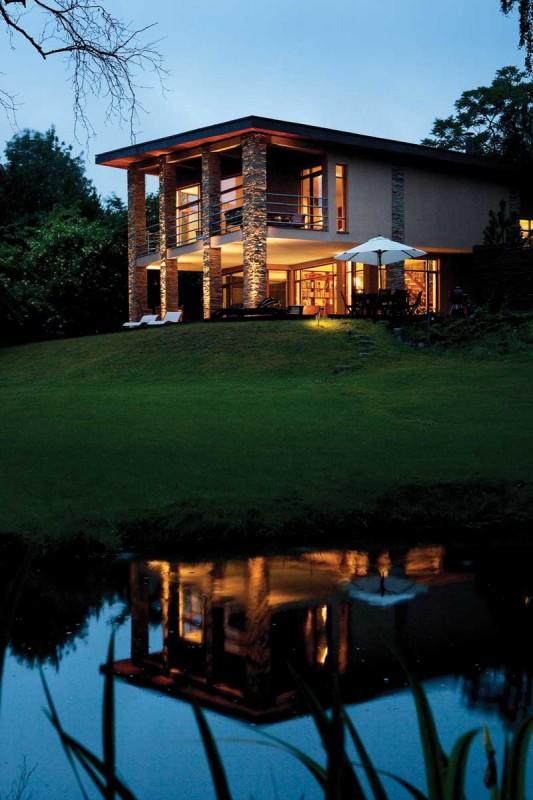 Egen sø, egen stil og egne tanker. Navnet er Villa Joy.